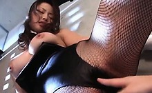 Bitchy asian gets snatch licked and finger teased