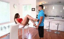 Stepmom Convinced Stepdaughter For 3some